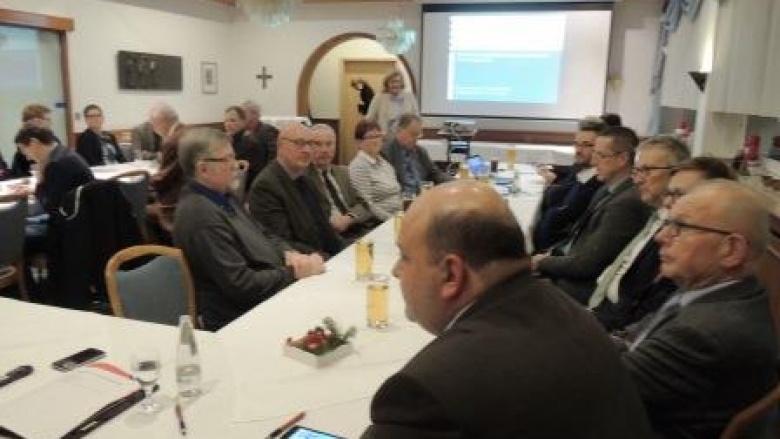 Kommunale Vertreter informierten sich über den KFA